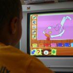 Dla dzieci proponowane są edukacyjne gry komputerowe