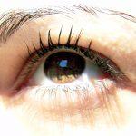 Małe sztuczki makijażowe – duży efekt